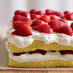 Love and strawberry sponge cake